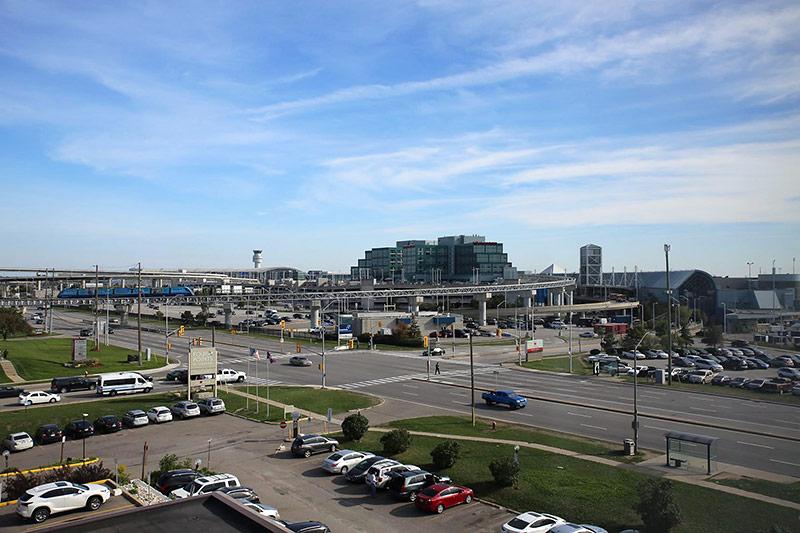 Аэропорт Торонто Пирсон - аренда авто онлайн