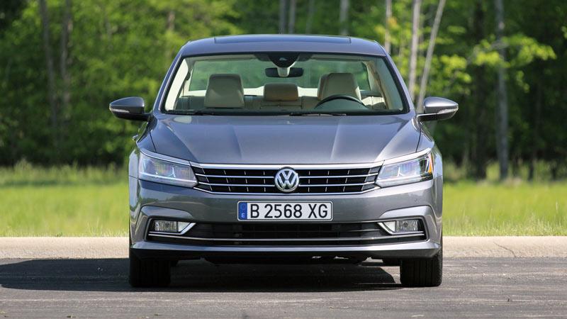 Прокат автомобиля Volkswagen Passat в Барселоне